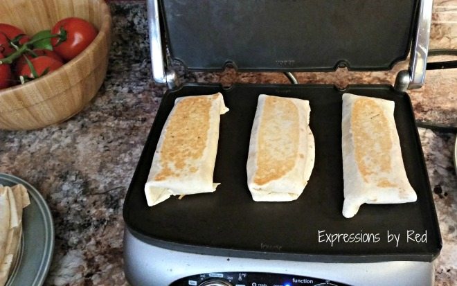 fast, cheap and easy burritos cooking - expressions by red