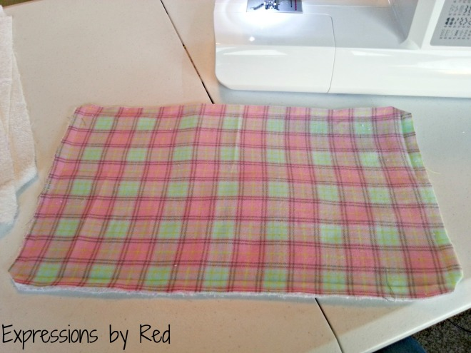 The Best and Easiest Burp Cloths EVER Tutorial - clipping corners