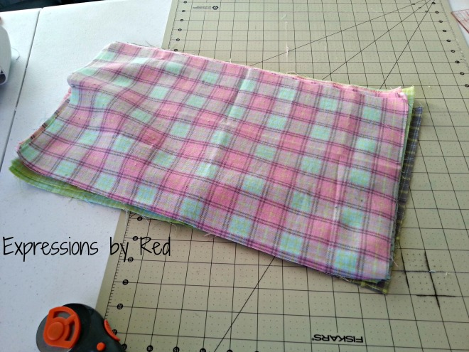 The Best and Easiest Burp Cloths EVER Tutorial - fat quarters cut