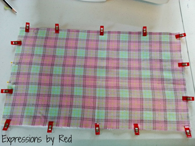The Best and Easiest Burp Cloths EVER Tutorial - sewing together